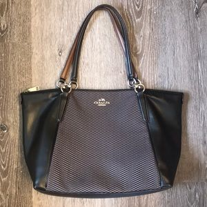 Authentic Coach Tote black and Brown